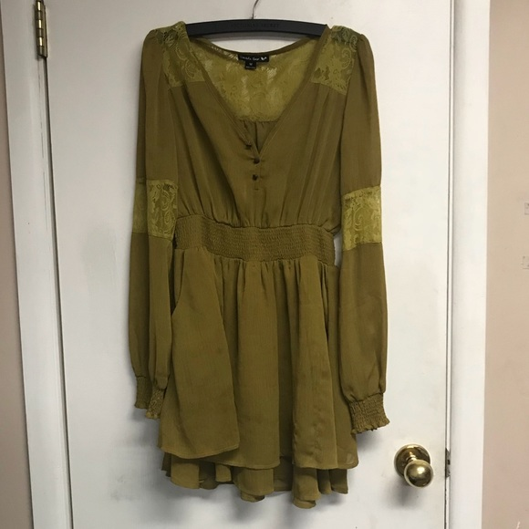 Double Zero Dresses & Skirts - Double Zero | Flirty long sleeve dress size m